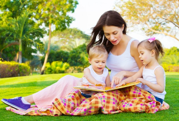 reading-to-kids-shutterstock_129152315-617x416
