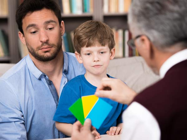 istock-psychologist-child