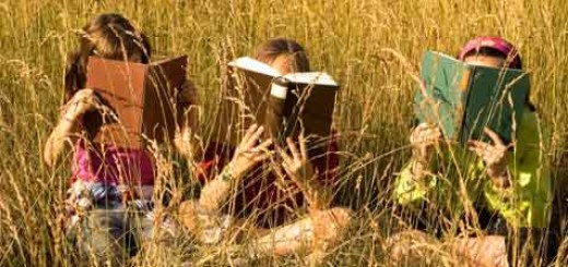 Bookclubreadingkids476x290